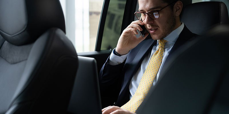 Why Sam's Limousine Service is a Must for Houston's Busy Professional